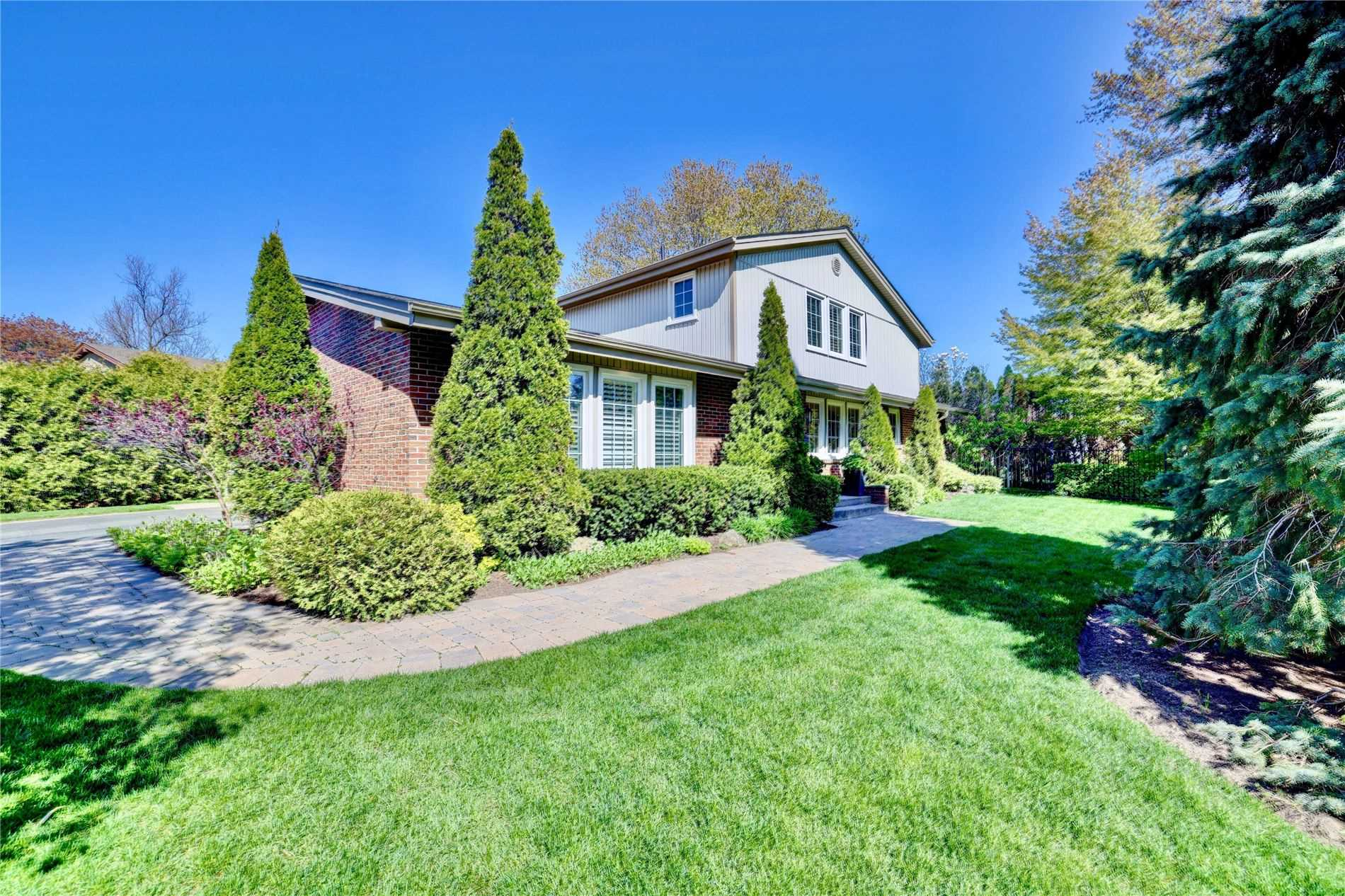 271 Ash Tree Way, Oakville, Ontario